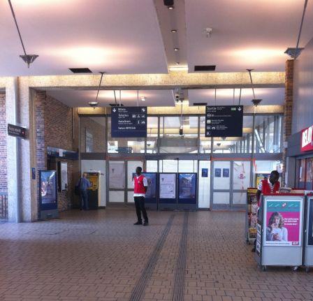 Bureau de poste gare montparnasse bureau de poste gare - Salon grand voyageur gare montparnasse ...