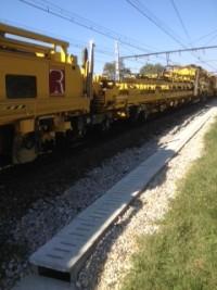 """Le train """"usine"""" ou suite-rapide sur la voie 1 bis"""